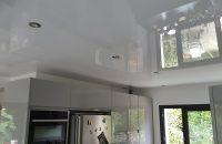 cuisine-plafond-tendu-blanc-laque (2)